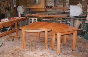 Beweglicher Tisch